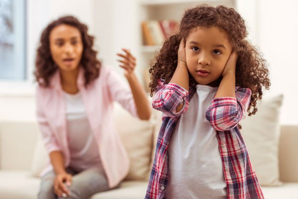 """子どもに""""グチ""""を話すと将来に影響が…!?娘のいるママは特に注意!"""