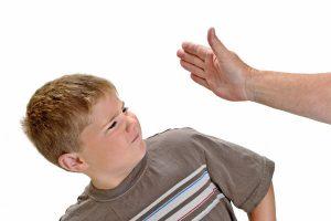"""東京都が出した""""子どもへの虐待防止条例""""に賛否!ママたちはどう思う?"""