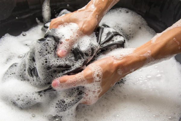 泥汚れと格闘するママたちに聞く!泥がすっきり落ちるスーパー石けん5つ